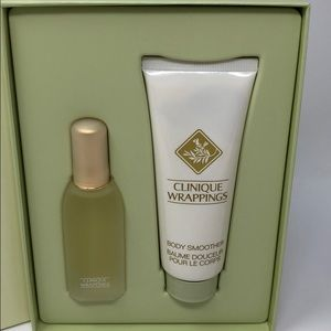 Clinique wrappings Gift Set new and Authentic